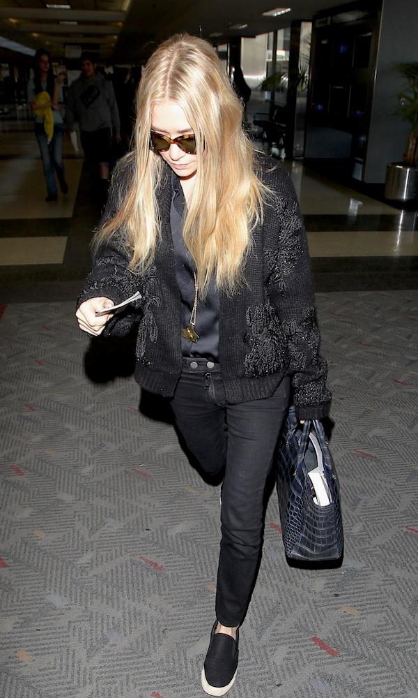 Olsens-Anonymous-Blog-Ashley-Olsen-Airport-Look-Inspiration-Style-Long-Wavy-Hair-Cat-Eye-Sunglasses-Knit-Cardigan-Satin-Silk-Shirt-Croc-