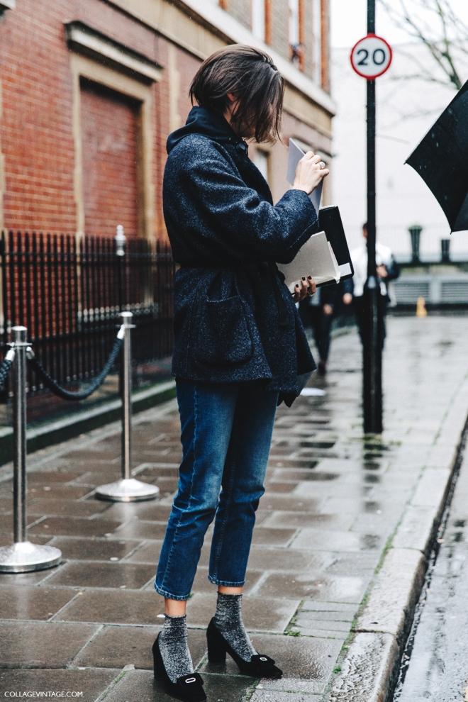 LFW-London_Fashion_Week_Fall_16-Street_Style-Collage_Vintage-Jeans-Glitter_Socks-Blazer-JW_Anderson-.jpg