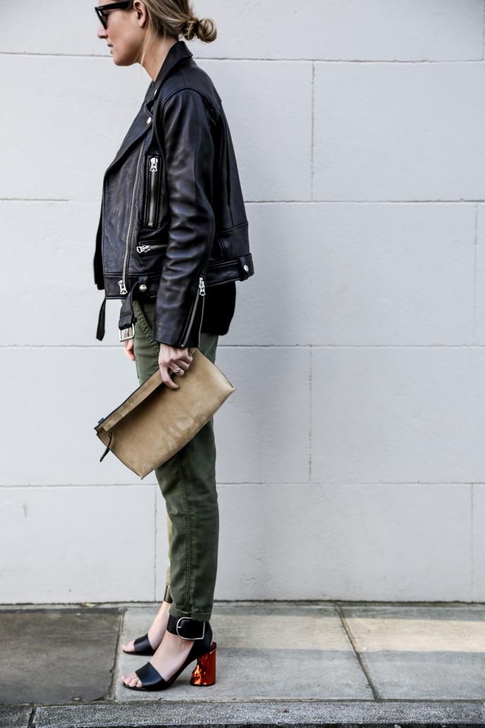 Fashion-Me-Now-Walking-on-Mars_-8-687x1031.jpg