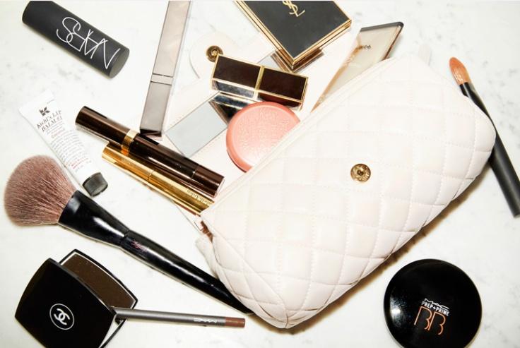 streamline-your-beauty-bag-lead1.jpg