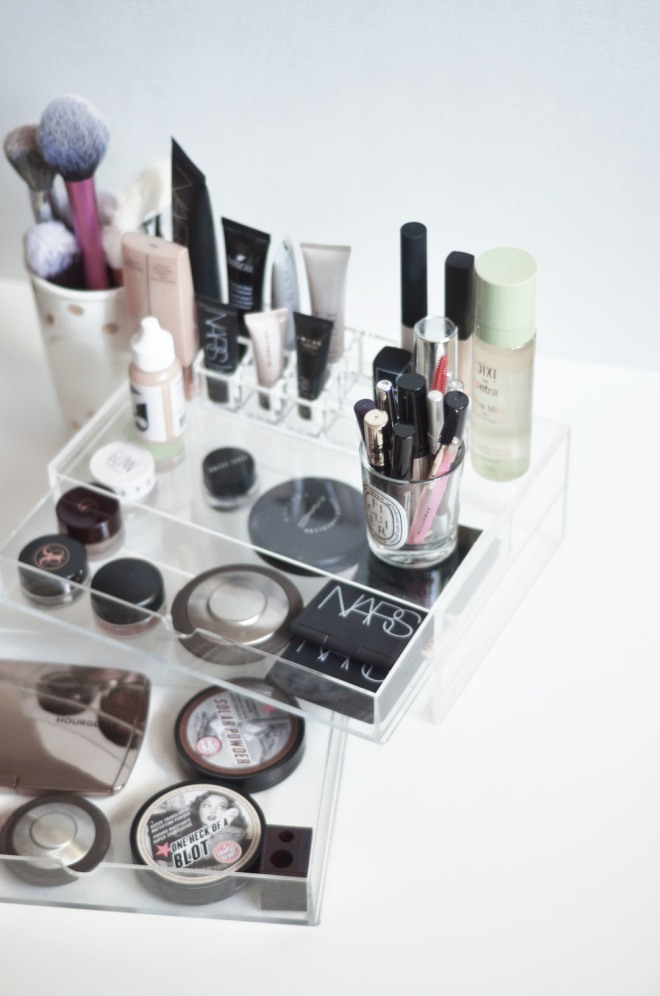 Makeup+Storage+3.jpg