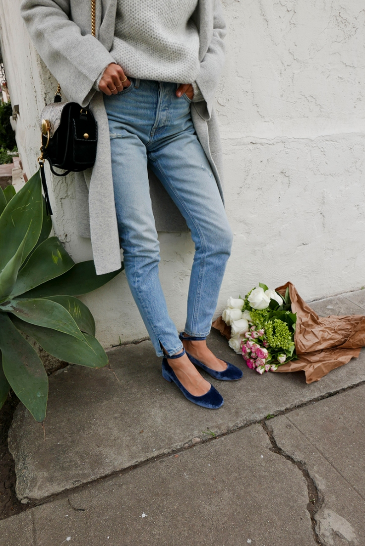 aimee_song_of_Style_frame_denim_jeans_grey_coat_madewell_velvet_shoes.jpg
