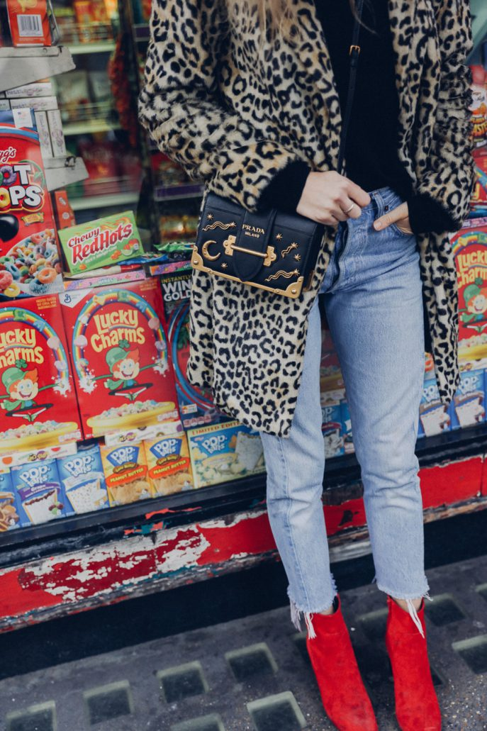 Fashion-Me-Now-Street-Styles-Prada-Mango-Levis_-6-687x1031.jpg
