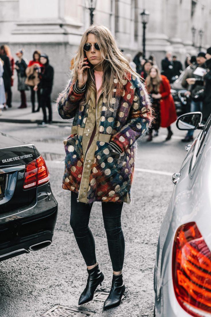 london_fashion_week_fall_2017-lfw-jw_anderson-julien_macdonald-ports1961-street_style-86-1800x2700