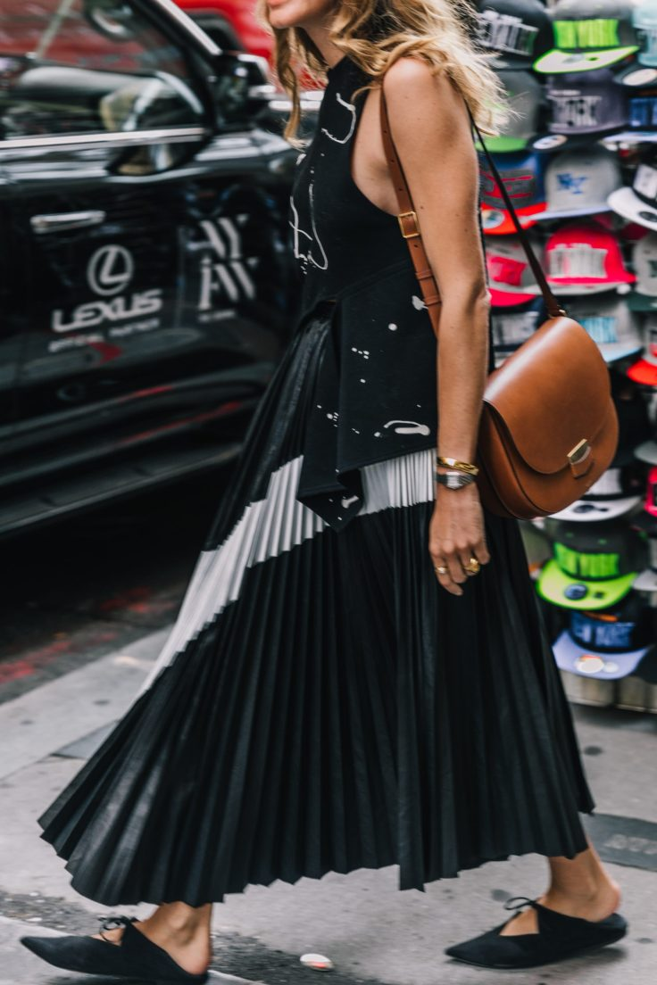 NYFW-SS18-New_York_Fashion_Week-Street_Style-Vogue-Collage_Vintage-53-2-1800x2700.jpg