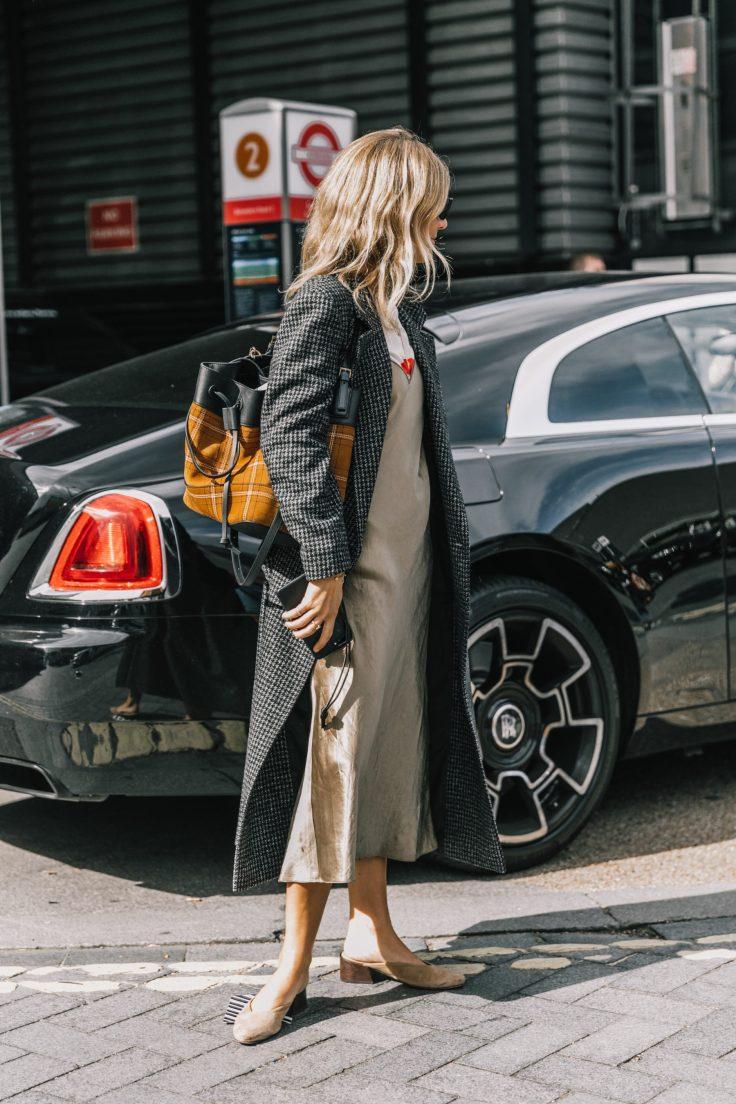 LFW-SS18-London_Fashion_Week-Street_Style-Vogue-Collage_Vintage-133-1-1800x2700.jpg