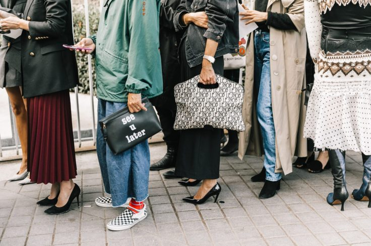 PFW-SS18-Paris_Fashion_Week-Street_Style-Vogue-Collage_Vintage-35-1-1800x1200.jpg