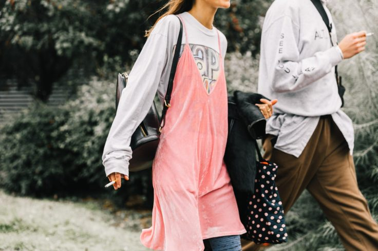PFW-SS18-Paris_Fashion_Week-Street_Style-Vogue-Collage_Vintage-47-1-1800x1200.jpg